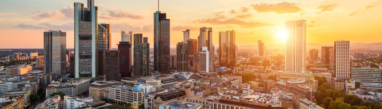 Frankfurt Skyline 1500x430 - Kontakt